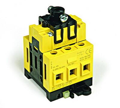 Выключатель нагрузки трёхполюсный с установкой на монтажнуюплату сери | AM3203B | DKC